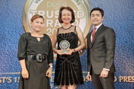 Receiving the award for DMCI Homes were Ms. Edwina C. Laperal, Treasurer and Mr. Ramil B. Lombos, Senior Vice President for Operations and Finance. With them was Ms. Maricarl V. Garcia, Reader's Digest Advertising Director – Philippines.